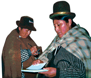 Felipa (left), and Saturnina (right).