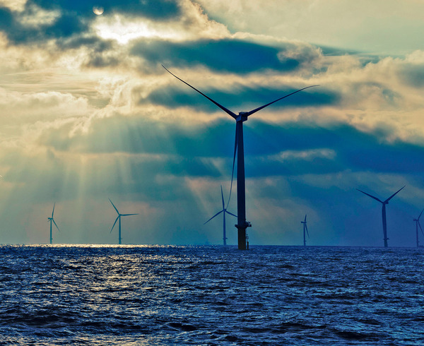 The London Array, off Britain's east coast, currently the world's biggest offshore wind farm.  Jointly owned by E-ON, DONG Energy, UAE-based Masdar and Canadian investment fund La Caisse. Photo: London Array Limited