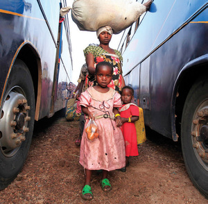 Congolese refugees bound for Uganda.