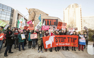 Stop the Trojan treaty – Brussels 04/02/15.Photo: Friends of the Earth Europe/Lode Sandane under a Creative Commons Licence