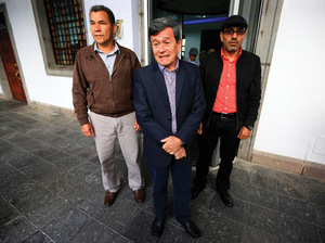 Pablo Beltrán and others in the ELN's peace delegation address the media during talks in Quito earlier this year.Photo: EFE News Agency/Alamy Stock Photo