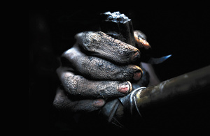 Coalminers in treacherous 'rat-hole' mines work without safety equipment or rescue protocols in northeast India.Photo: Tashi Tobgyal / Indian Express Archive